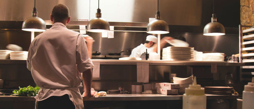 Online food delivery system integrated with kitchen